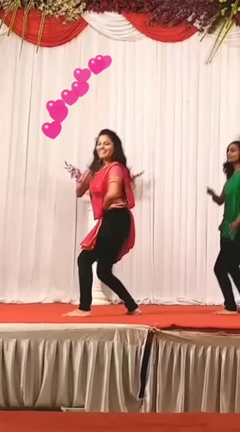 My #dance #performance at #friendswedding 💕 #pallolatke #wedding #sangeet #rocking #passion #dancer #roposostars #poojajaiswal