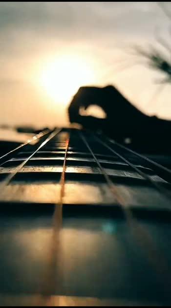 Guess The Song #music #musicbeats #musiclove #musicislife #musiclovers #risingstar #roposostar #roposostarschannel #beatschannel #filmistaanchannel