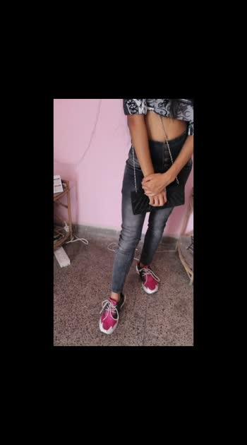 fashion with sara #fashionblogger  #roposofashionblogger  #roposofashionquotient