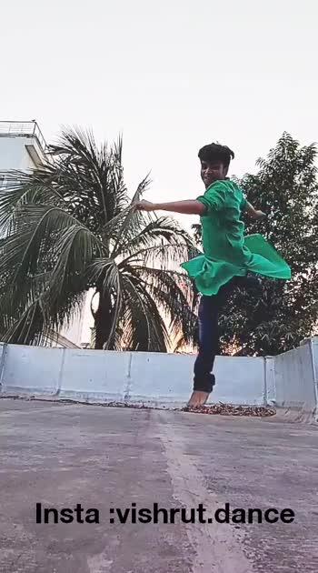 Garba barrels #dance  #dancersofindia #dancer #felxible #felxiblity #contemporary  #ballet  #maledancer #maledancers #quarantine #quarantinelife  #dancersofinstagram #nevergiveup  #dancedancedance #dancecover  #dancelifestyle  #goodvibes #garba #navratri #gujrati