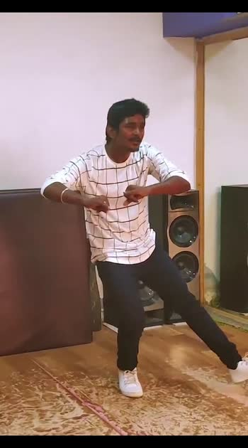yenadi mayavi ne  #dancerlife #creative #tiktok #challenge #happy #choreo #dancecover #song #rythem #music #D2crew #happy #dancestudio #tamil #movie #practice #hardworking #practicesession #entertiment #relax #ropso-star  #dance #dancers #dancevideo #dancelove #dancecrew #dancevideos  #dancelife #choreographyvideo  #hiphop #dancing #dancersofinstagram  #hiphopdance #instadance  #music  #dancevideos #freestyle #love  #dancerlife #danceislife #dancelove #worldofdance  #viral #video #dancedance #danceon #roposo #roposo  #roposo-beats  #roposostars  #dhanush #actor #vadachennai