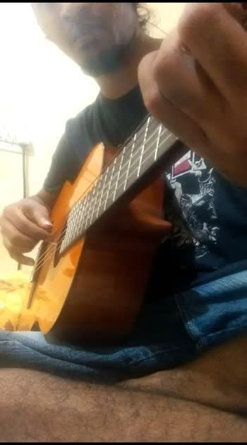 #random #acoustic #classicalguitar #fingerstyle #cliff #rip #roposo
