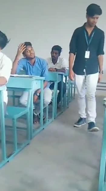 Othai adi paathaaiyile #funnyvideo #tamildialogue #collegediaries #funwithfriends #roposo #roposostar #roposian