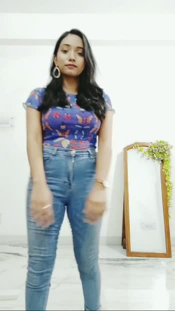 how to wear your top in 2 ways #fasionquotient #fasionblogger #fashionvideo #roposovideos