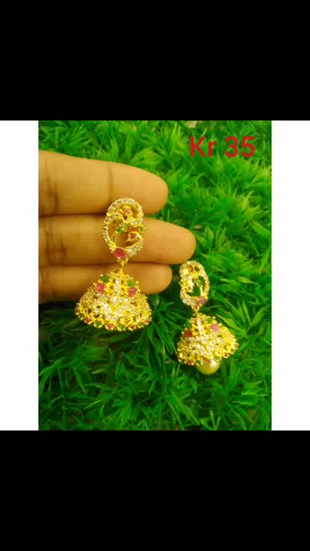 #earrings #jumkhas  #jewellerytrends