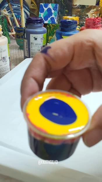 Pouring paint acrylic abstract... . #diy  #doityourself #fluidart #roposo #roposostar #creativespace #creativeminds #risingstar #risingstarschannel #roposostar