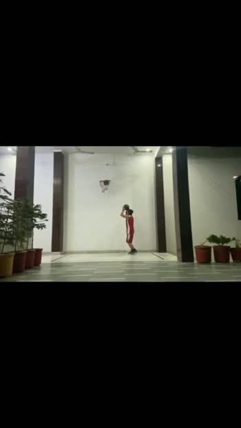 #basketball #basketballlover #gabru #gabru_channel #gabruchannel #yogainspiration #fitness #fitnessmotivation #beastmode #beastoftheday #nba #panipatchallenge #skillschallenge #roposostar #roposostars #roposo-style #swadeshi #indian #shukardaateya