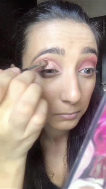 Indian look   #cutcrease #cutcreasemakeup    #nudelips  #glittereyes #glitter   #makeup #muadelhi #mua #roposo #roposostar #risingstar #risingstaronroposo  #basemakeup  #creativespace #foryou  #mkovr