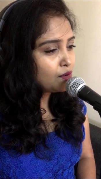 Bepanah Pyaar Hai Aaja ❤️ I hope you'll like it 😊 #roposo #roposostar #roposostars #roposorisingstar #trendeing #trendingvideo #trendingonroposo #musicmasti #music #2000smusic #sadsongstatus