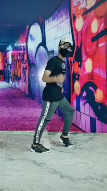 learn to Moonwalk #learndance #sahildstar