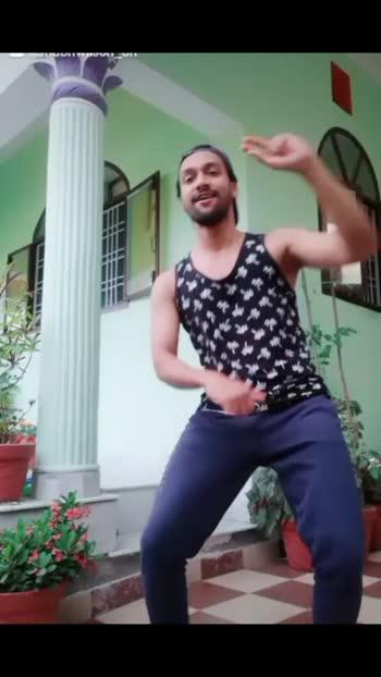 #dancewithme #roposo #roposoindia #roposotrending #roposoviralvideos #fyp #roposo2020 #bollywood #sidhartmalhotra #kapoorandsons #foryoupage #roposodance #danceindia