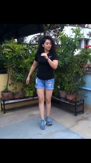 I might have a very Latin soul  #dancerslife #dance #dancebabe #swaywityswiya #letsdanceitout #danceindia #dancersofindia #dancersofinstagram #letsgo #love #life #latindancing #latindance #bachatadance #bachatalove