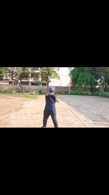 mujhe koi mera ilaz btao #loca  #yoyohoneysingh #shadowboxing #fitindia #roposostar #followme #like #comment4comment
