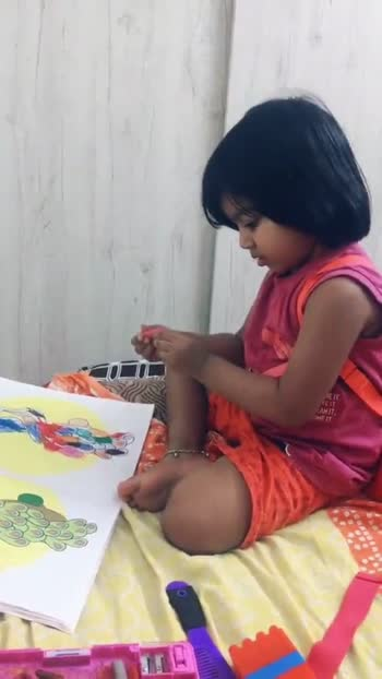 Coloring time 💕 #goviral #foryoupage #pageforyou #starkid #myvideo #cutiepie #littleangle #roposostar