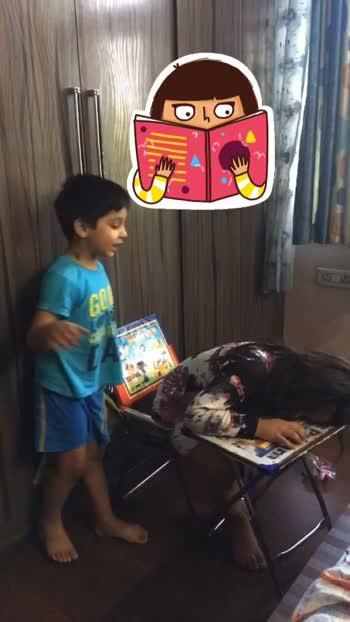Dilli main kutta bimar hai 😝fav act  #funny #lipsync #comedy #babytani #bookworm