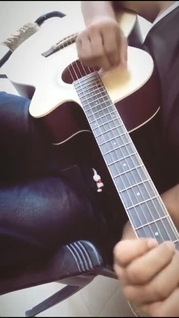 #guitarstrings #guitarlove #wolrdbestguitarist