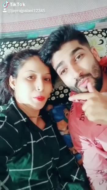 please frds reposo pr bhi thoda pyar de do#pleasefollow #likes4followers #😊😊