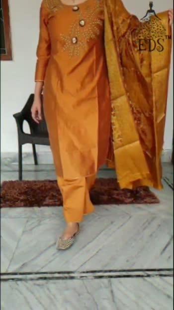 #indianoutfitswag #indianwear #indianfashion Available For Sale #MinsWorld #fashionblogger #fashion #fashionpost
