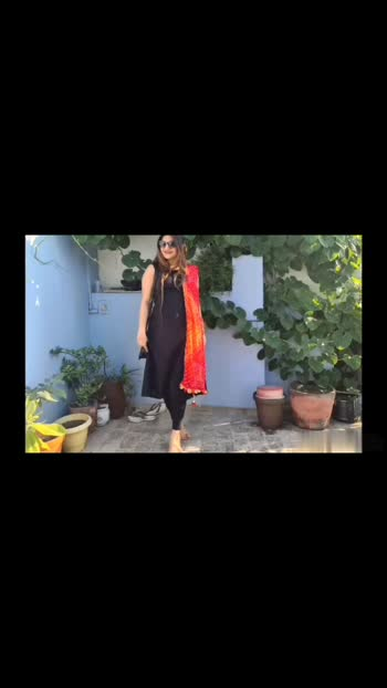 one kurta with different dupattas  #blackkurti #fashion #stylingb#blackkurtistyling #dupattastyling