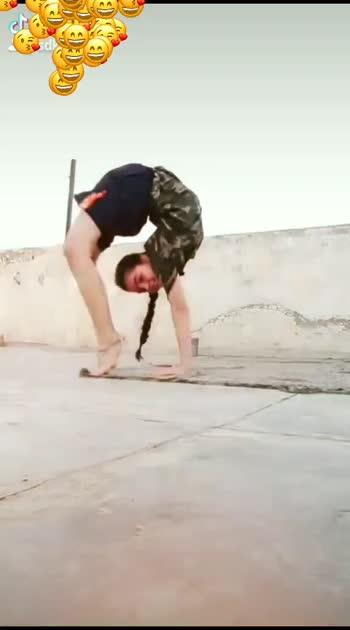 woowww❤️❤️ like and follow for more vedios. #backbending #yoga#yogaislife#followme