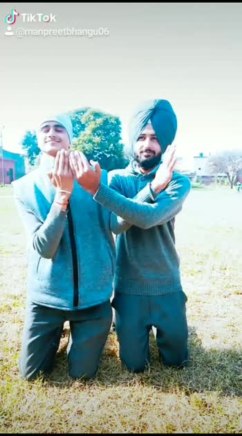 Religion doesn't matter bcz God is one🙏🏻 #turbanator#sikhblogger#thedappersardar #wmk  #likeforlikes #lifestyle #instagood #instadaily  #cute_monster #singhpower #singhstreetstyle