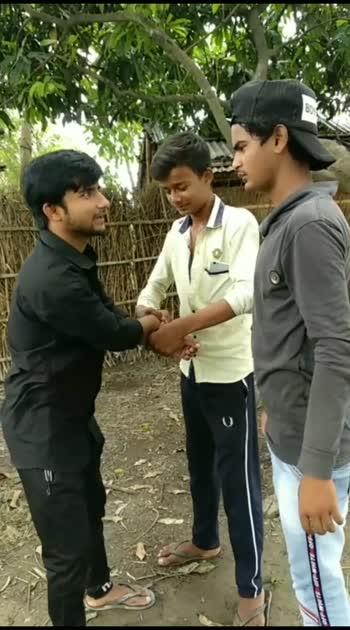 mai Hindi bolta hun#roposo#hindi