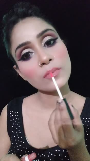 #rosopostars#roposobeauty#makeuptutorial#glitter#glamlook#roposolovesongs_beats