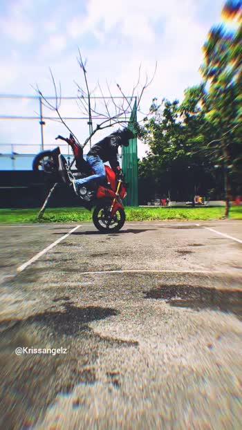 #stuntrider #Krissangelz #dfgstuntriding #kerala #keralastuntrider