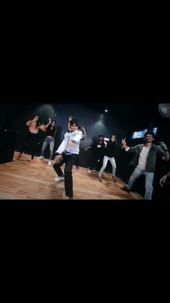 #leke pehla pyar  dancefit live...