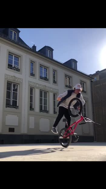 Kaisa laga guys stunt video comment me batna please 👌👌#bmx#rkbmx07#bmxlife#bmxlover🔥🔥