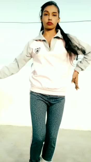 do you love me🙈💜#doyouloveme #viraldancevideo#girlstyle#doyou #roposodance #roposoindia
