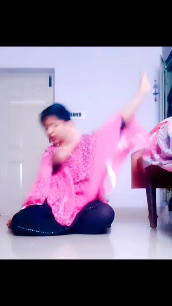 💙#hindisong #roposo #india #pink #black #hindia#kannadathi
