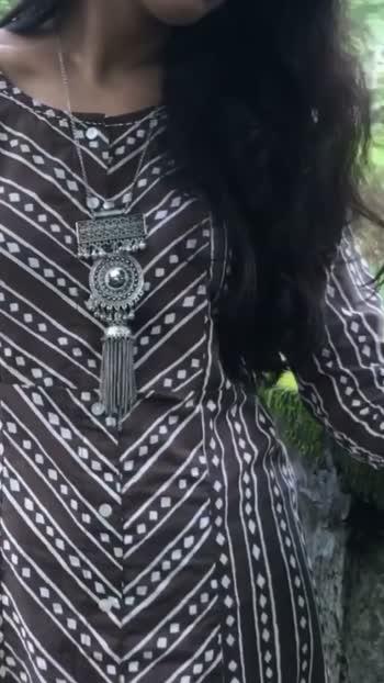 Let's learn #ethnic #howtostyle #ethnicwear #ethniclook #ethnicstyle #whitekurta #mumbaifashionblogger #kurtafashion #kurtaset #kurtisonline #kurtapatterns #ethnicjewellery #ethnic-wear #ethnicdress #punjabi #patiala #stylingbrowns #silverjewellery
