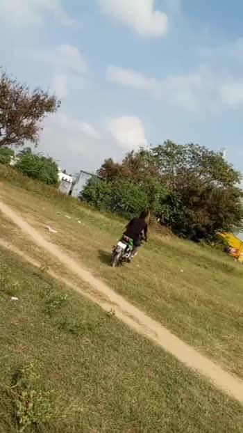 race #clxvilux_akil_ #follow #duet #roposo #viral #trending