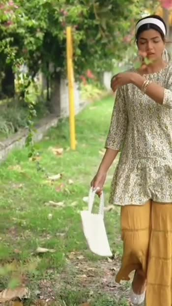 #Indianwear #ShararaSuits #fashiinblogger #indianfashionblogger #roposoblogger #Roposostar #indianblogger #kirankhokhar #weddingoutfits