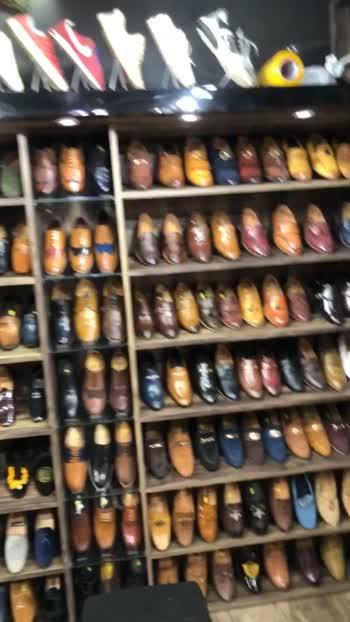 Sneaker store in delhi #trending#sneaker#latest#indian
