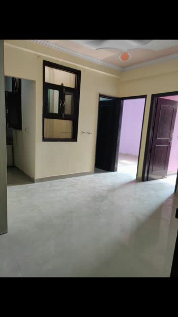 2bhk flat available Ramphal Chowk Dwarka Sector 7