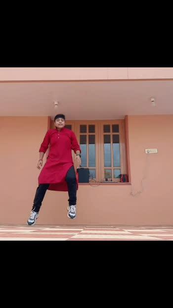 A small tribute to SHUSHANT SIR .. I know its very late but still i would like to Give .. ...  #shushantsinghrajput #sushantsinghrajput #justisewinslow #tribute #bollywood #bollywooddance #kedarnath #saraalikhan #sweetheart #sushant #mumbai #patna #kurta #onedance #dancing_is_life