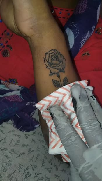 # mom tatoo # dreame tatoo # mom's love # Rose tatoo # tatoo creative#contact for tatoo - 7038481872.