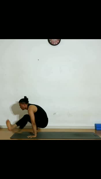Ashtanga vinyasa yoga practice:- Ashtanga yoga focuses on muscle training and develops physical strength. Practicing Ashtanga rejuvenates your body, making it stronger, toned, more flexible and controlled.   🕉️..... *🎦 Ru-yoga *Eight limbs of yogic life. *join online Yoga course *Bron*survive*moksha  ....Salvation is the ultimate way of life.....  🕉️Thank you for watching.🕉️  #yoga #yogainspiration #yogachallenge #yoga4roposo #yogapractice #yogiankittiwari #foryou #foryourpage