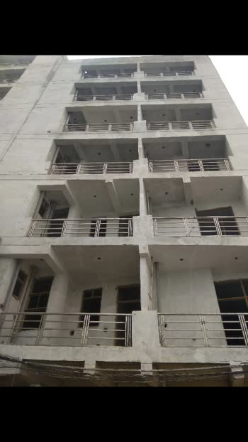 hi guys This is my projects in sec73 noida 2bhk 3bhk and 1bhk