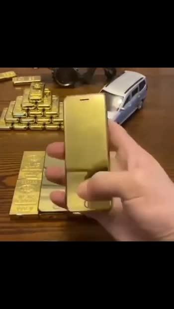 Gold phone #gold #phone #luxurylifestyle
