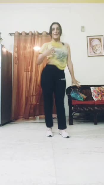 Song : Hook Up song bollyhop Choreography #bollyhop#danceindia #dancersofinstagram #dancersofroposo #roposostar #dancechoreographer #beatschannel