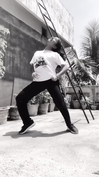Do you love me!?♥️ #dancerslife #dance #makemefamous #viral #dancer #doyou #parrisgobel #manalichougule