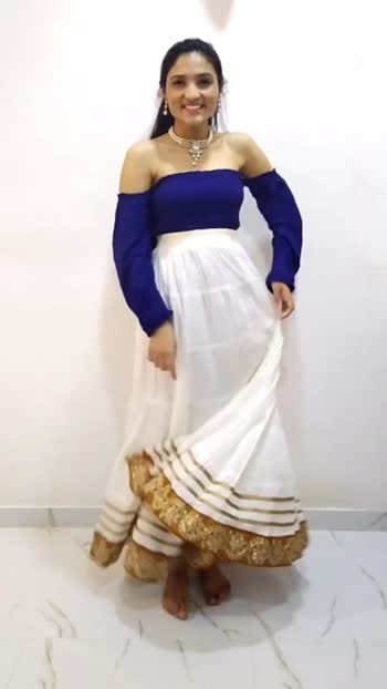 The Go To Color Combo - Blue & White dressing ideas. #trending #styling #fashion #fashioninfluencer #roposo #roposostars #fashionbloggers