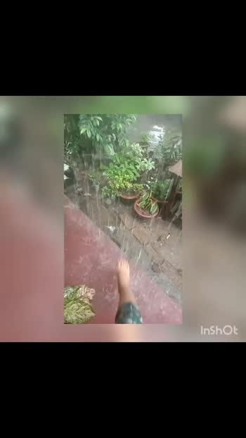 rain💟#rainy #lovesong #alone_heart #likedaily #1stvideo