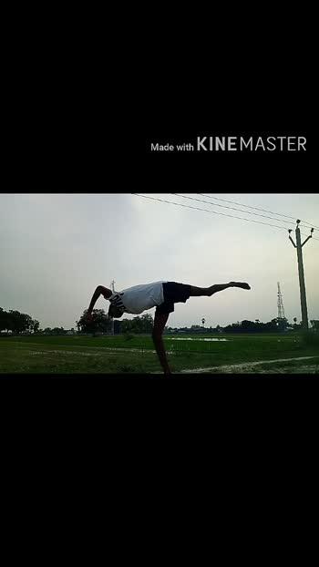 Bang&explore ur skill by practice😎 #kicks #kickstagram #tricking #powermoves #flipping #dancerslife #parkourlife #freerunner #martialartslife