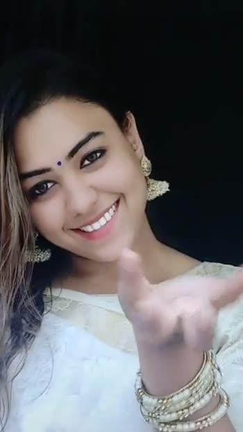#3lovestatus #lajjavathiye #bharath #gopika #alltimefavoritesong #roposostars #roposo-beats