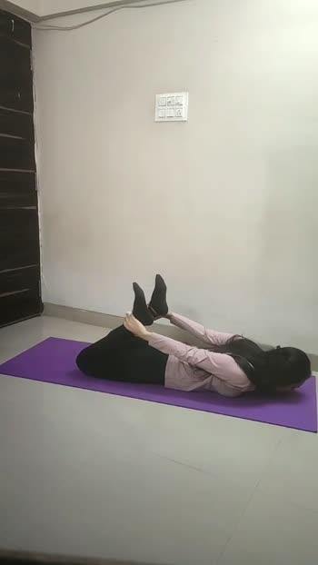 Yoga for Back #backpain #yoga #yogalove #yogainspiration #yogaeveryday #yoga4roposo #yogalife #fitness #yogafitness #yogafit #yogafitness #bowpose #downdog #cobrapose #yogaposes #yogagirl  #yogaforbackpain #yogabeginners #yogaathome #yogagoals
