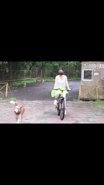 Jannat Actress Sonal Chahuan Save Her Dog #roposo #atif_bollywood #roposo__bollywood #bollywood #sonal_chauhan